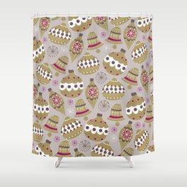 Joulupallot Shower Curtain