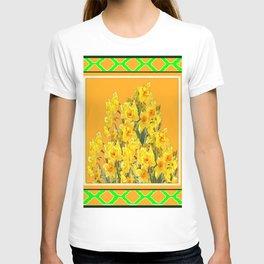 SPRING GREEN YELLOW DAFFODIL GARDEN ART PATTERN T-shirt