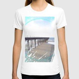 Victorian Pier - paint T-shirt