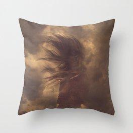 En el cielo / In the sky Throw Pillow