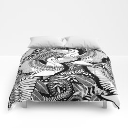 Stylish Swans in Monochrome Black and White Comforters
