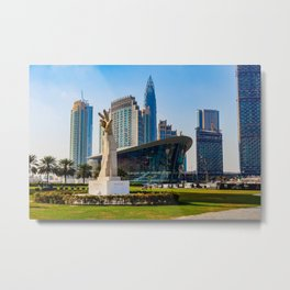 Dubaï, The Arm of Victory Metal Print