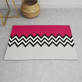 Black and white zigzag pattern 2 Rug