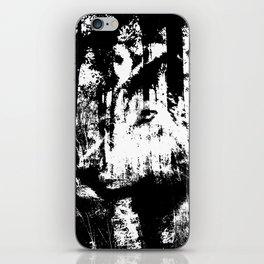 Wolfs sight iPhone Skin
