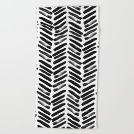 Simple black and white handrawn chevron - horizontal Beach Towel