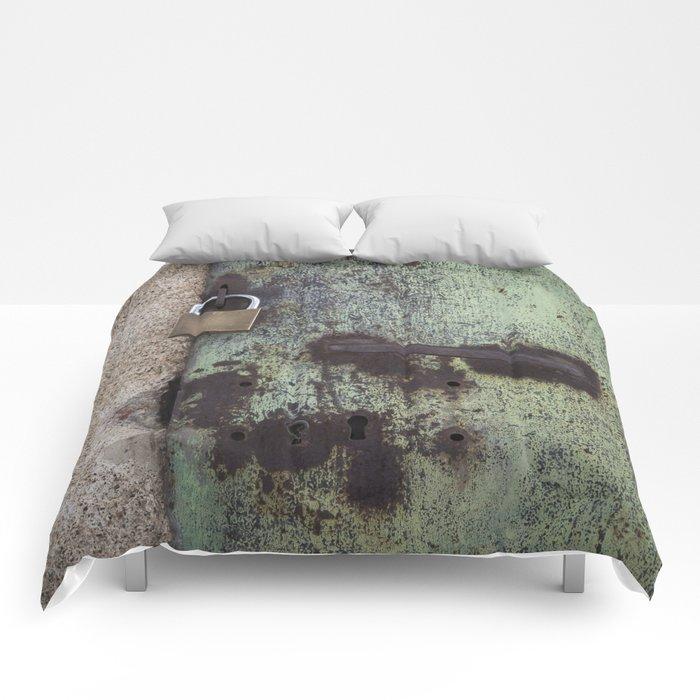 Rusty door Comforters