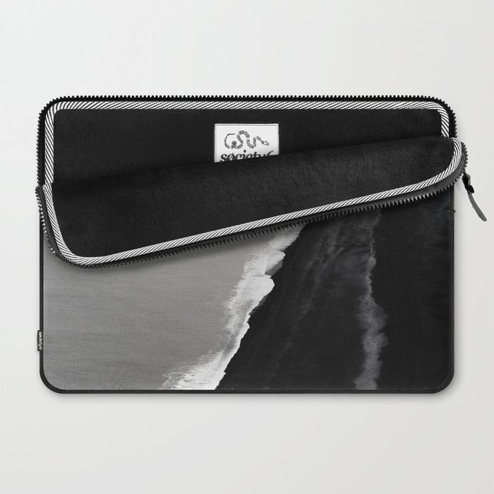 BLACK SAND BEACH Laptop Sleeve
