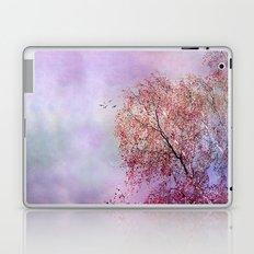 UP TO THE SKY Laptop & iPad Skin