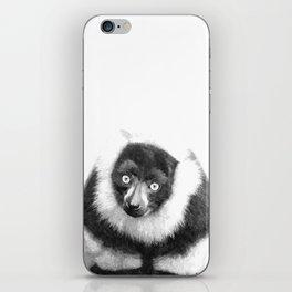 Black and white lemur animal portrait iPhone Skin