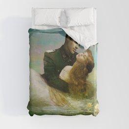 Royal couple in romantic lover's embrace Duvet Cover