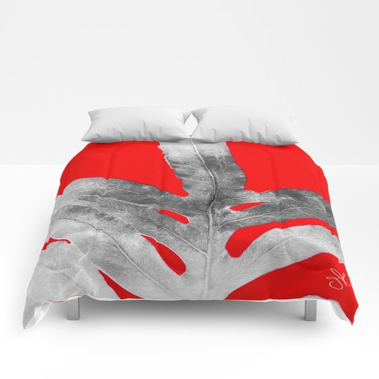 Green Fern on Red Inverted Comforters