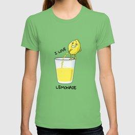 I love Lemonade shirt funny lemon peeing in glass T-shirt