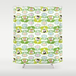 mabo & jimmy garden - white Shower Curtain