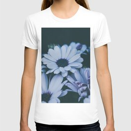 Flower Photography by Echo Grid T-shirt