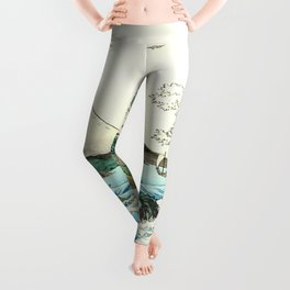 The Great Wave. The Sea At Satta Leggings