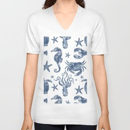 Delft Blue nautical Marine Life pattern, coastal beach Unisex V-Neck