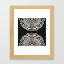 Mandala Mehndi Style G384 Framed Art Print