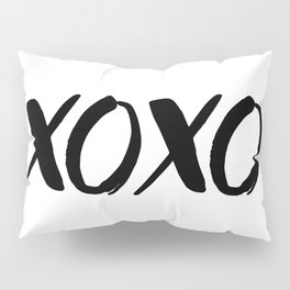 XOXO - Hugs and Kisses Pillow Sham