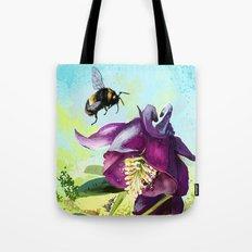 Bee flying 14 Tote Bag
