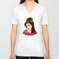 amy poehler V-neck T-shirts featuring Amy  by Pendientera