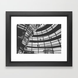 L'appel Duvide Framed Art Print