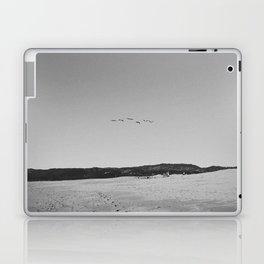 HALF MOON BAY IV (B+W) Laptop & iPad Skin