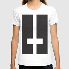 upsidedowncross T-shirt
