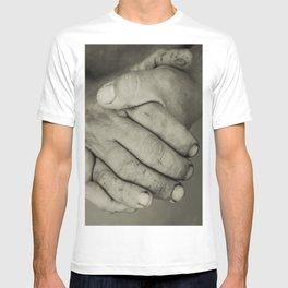 manos trabajadoras T-shirt