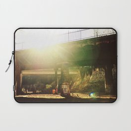 La vie est un conte de fée et j'aime y vivre // Life is a fairytale and I like living here Laptop Sleeve