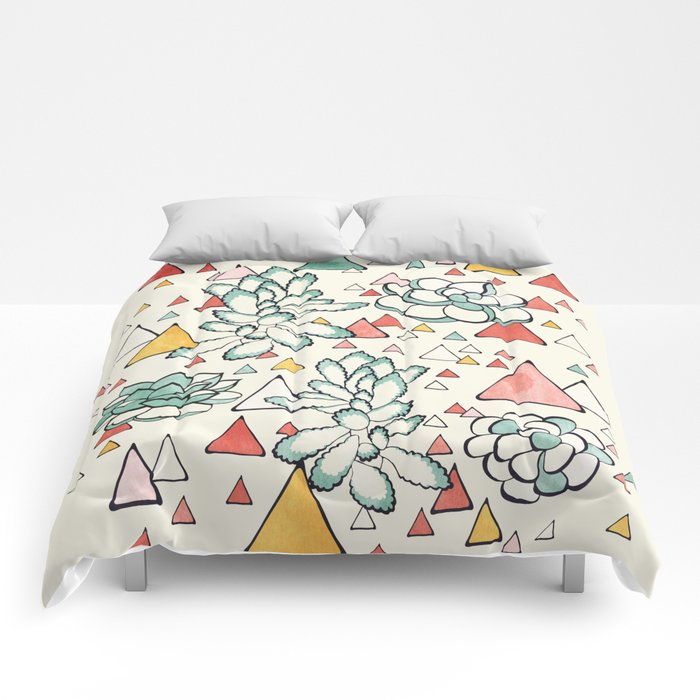 Succulent and triangles seamless pattern Comforters