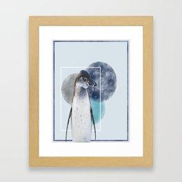 Pinguinlove Framed Art Print