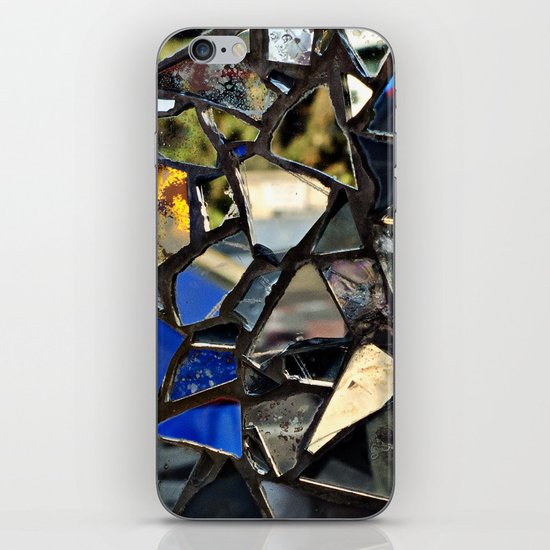 Closeup (PHOTO) of a Glass Mosaic iPhone & iPod Skin