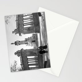 Couple at Madrid monument Stationery Cards