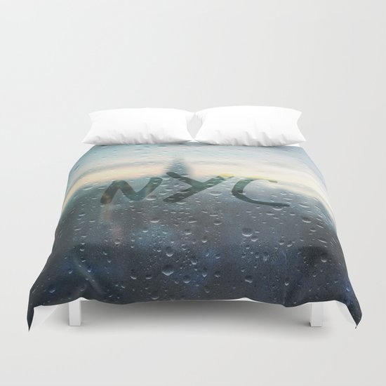 Rainy Day in NYC Duvet Cover