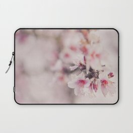 Mandelblüte Laptop Sleeve