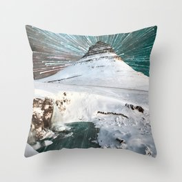 Iceland Night Kirkjufell Arrowhead mountain Throw Pillow