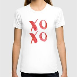 xoxo red watercolor T-shirt