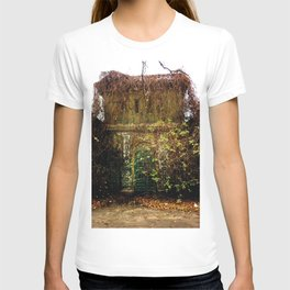 Nature finds the way inside... T-shirt