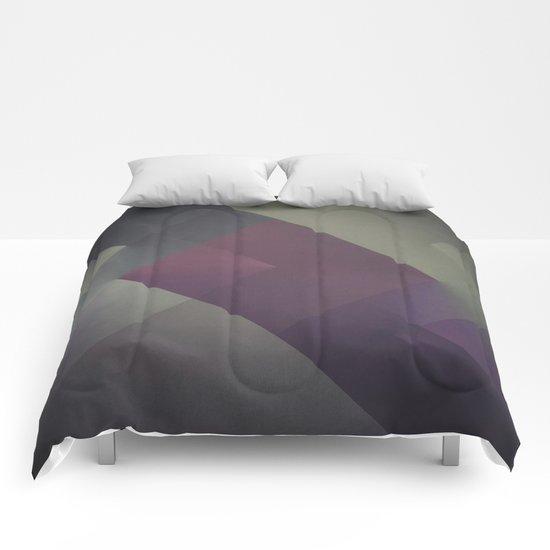 RAD XLVI Comforters