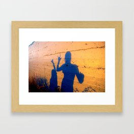 lanikai shaka shadow Framed Art Print