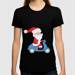 Santa Claus coming to you on his Scooter T-shirt