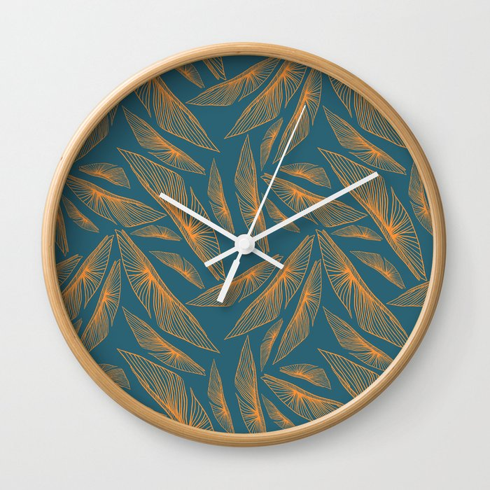 Feathered Leaf Pattern Wall Clock