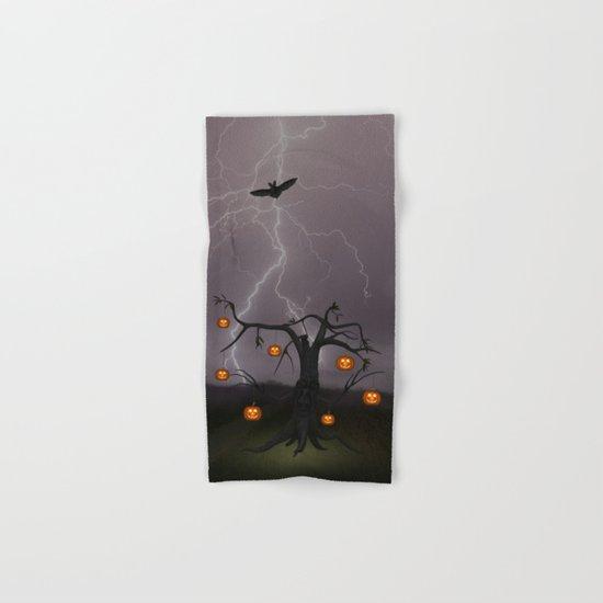 SCARY HALLOWEEN TREE Hand & Bath Towel
