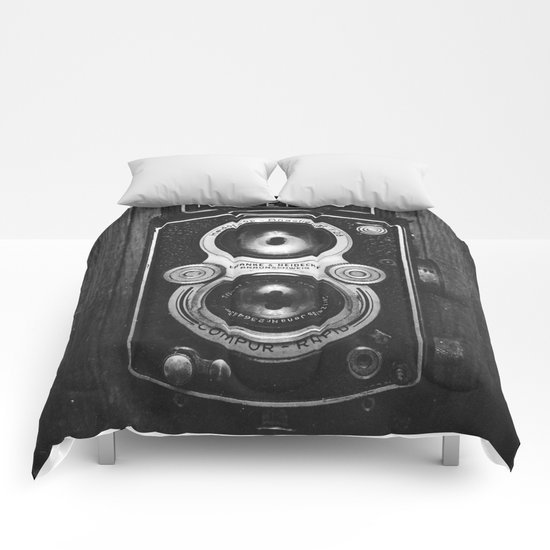 The King of Cameras - The Rolleiflex Comforters