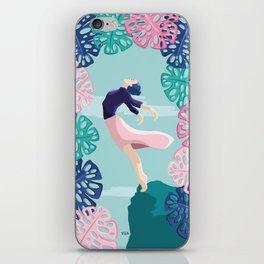 Una bailarina que sueña con volar // A dancer who dreams of flying iPhone Skin