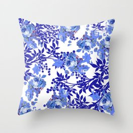 BLUE AND WHITE ROSE LEAF TOILE PATTERN Throw Pillow