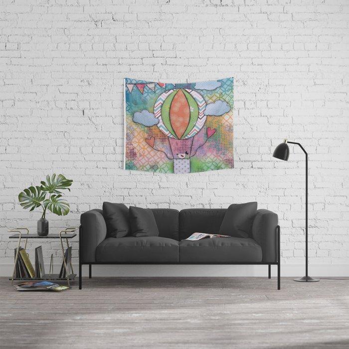 Uccellino su Mongolfiera Wall Tapestry