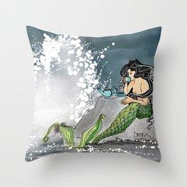 Shore break Throw Pillow