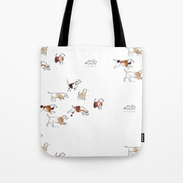 Beagles hunting Tote Bag