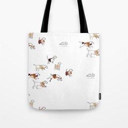 Beagles hunting Tote Bag